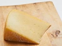 Igmándi félkemény sajt